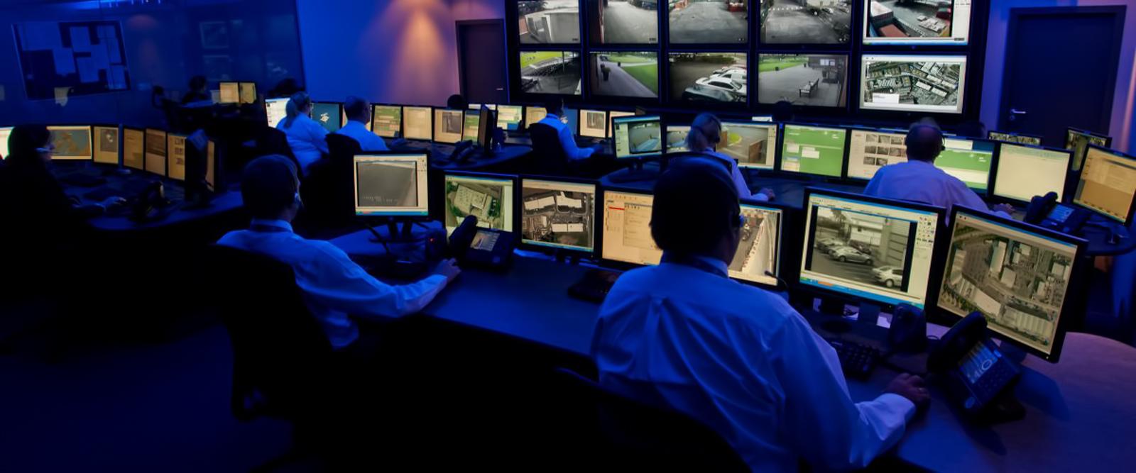 Slider-CCTV-Monitorinh